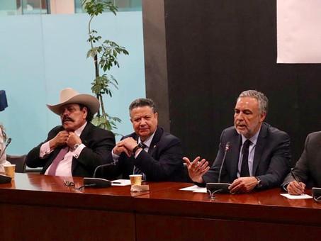 Líder Nacional de MORENA visita al grupo parlamentario del SENADO