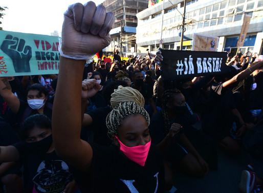 Coletivo lança podcast para dar visibilidade à pautas raciais