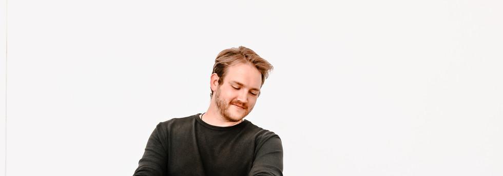 Andrew Kurtz Singer Songwriter
