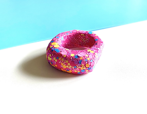 HOT PINK CONFETTI RING