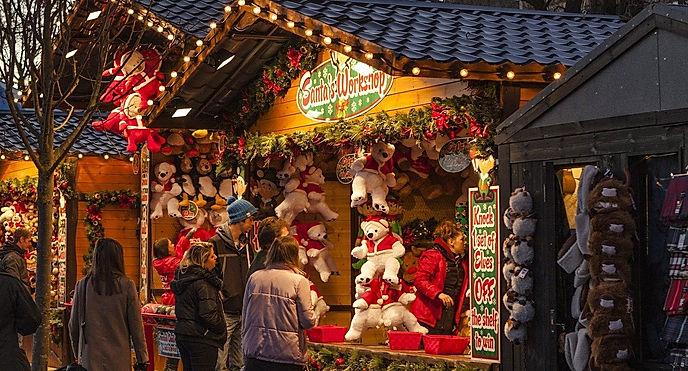 Christmas Market 1864241_1920.jpg
