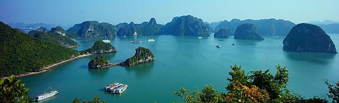 Halong bay Vietnam 593840.jpg