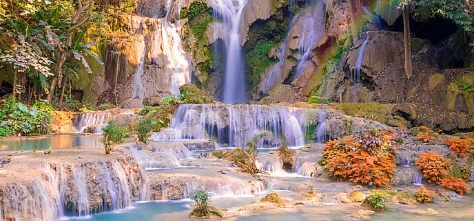 Waterfall in rain forest (Tat Kuang Si W