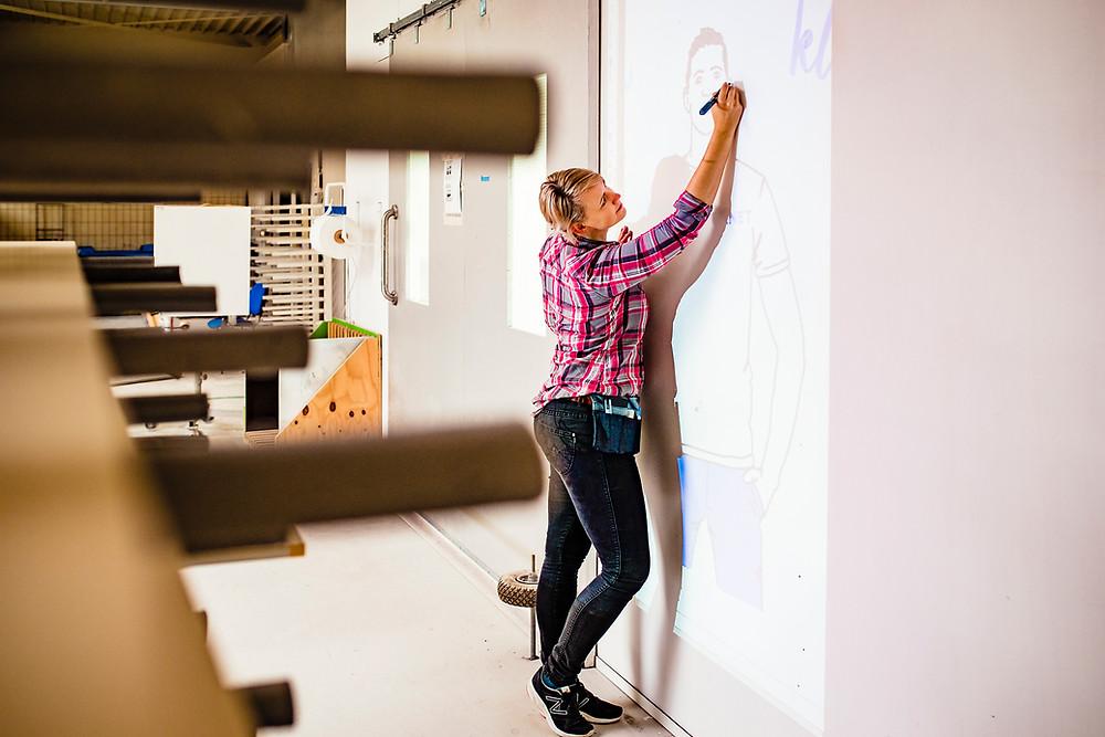 Nienke Vletter ontwerp muurschildering Novanet