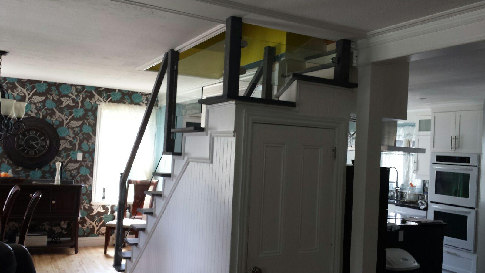 Escalier avec verre