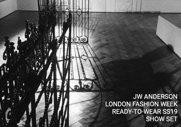 JW Anderson, London Fashion Week Ready-to-Wear SS19 Show Set