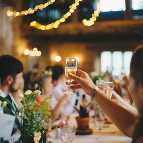 3 Rules for Wedding Speeches (& When to Break Them)