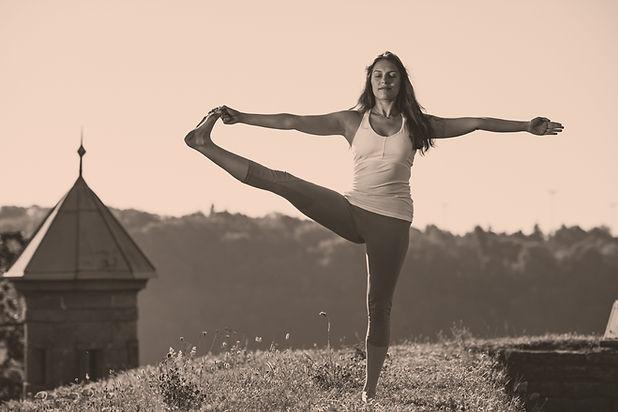 Kelsey Hopper Yoga Lesson