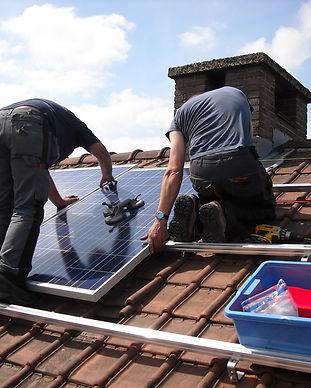 solar-panels-943999_1920.jpg
