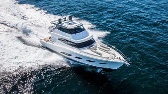 Riviera-72-Sports-Motor-Yacht-Running-02