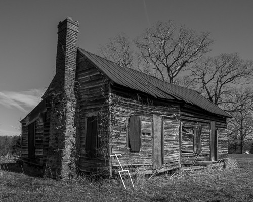 Close Up Fowler Cabin on Jackson Grove Rd.