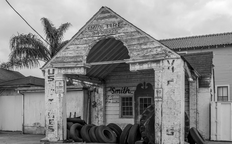 Smith Tire - Marigny