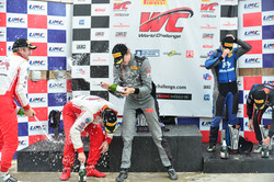 Racers Edge Motorsports gets the win