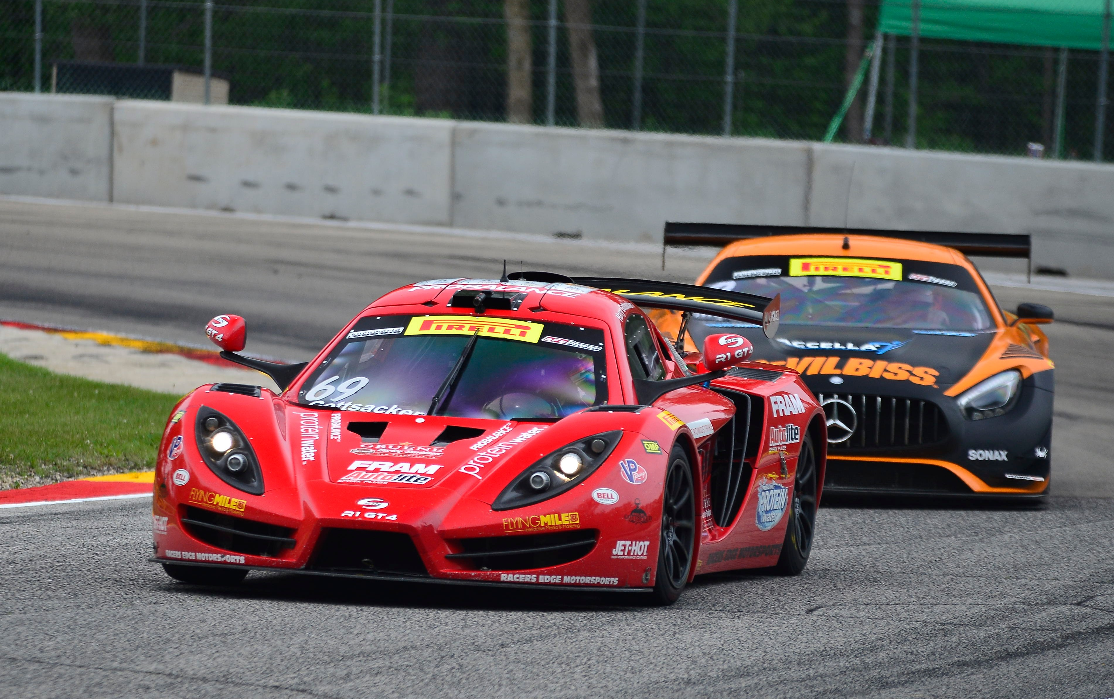Racers Edge at Road America