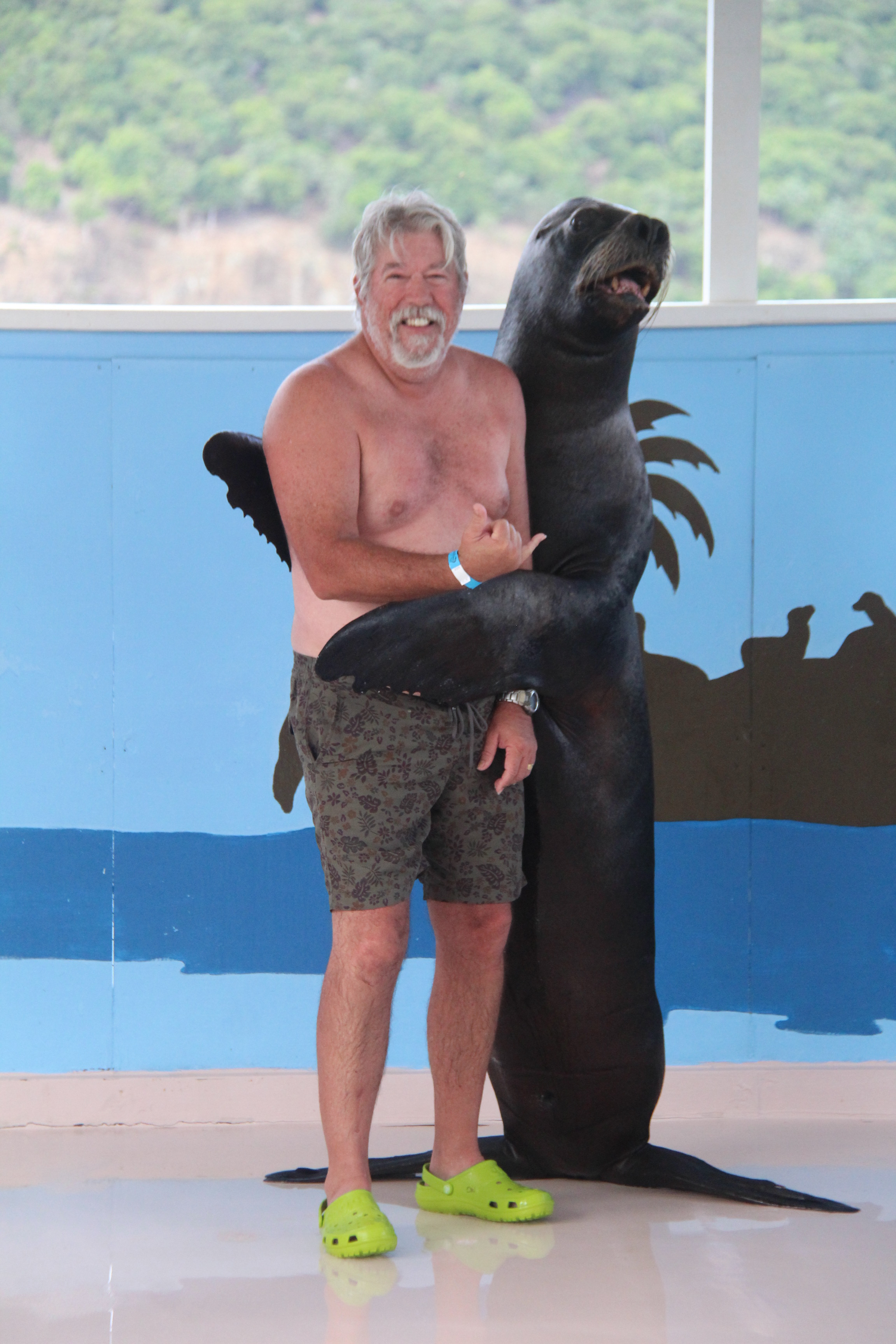 Chilean Sea Lion hugs for Bob