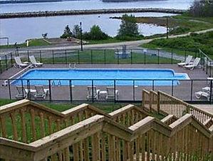Oak Island Resort & Conference Centre, W