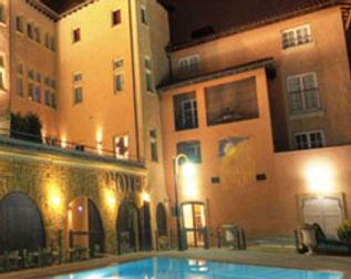 France Moto Road Trip - Villa Florentine - Cour des Loges - Lyon