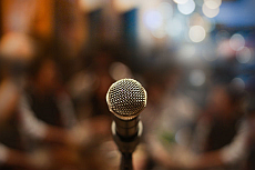 Open Stage Bühne: Mikrofon