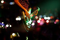 Open Stage Bühne: Musiker mit Gitarre