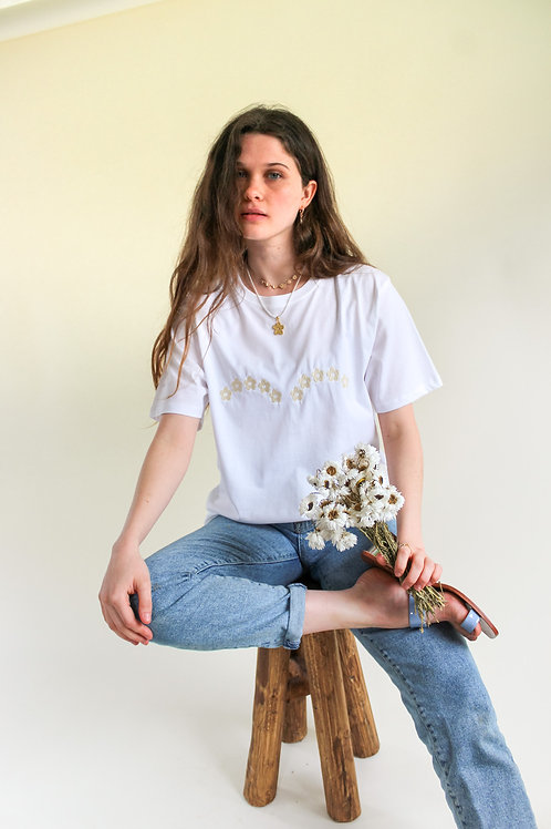 Daisy Arch Organic White T Shirt by Nude Ethics
