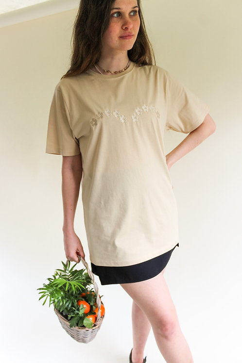 Daisy Arch Organic Sand T Shirt by Nude Ethics