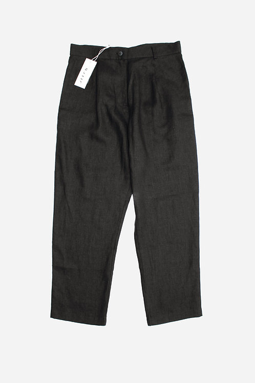 Black Linen Cropped Trousers by OffOn