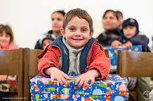 Shoebox-Distribution-03-Serbia.jpg