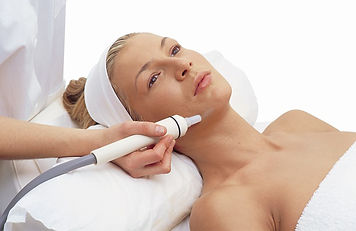 Microdermabrasion-caci-chromaclear-629x4