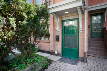 325 JARVIS ST  TH 22
