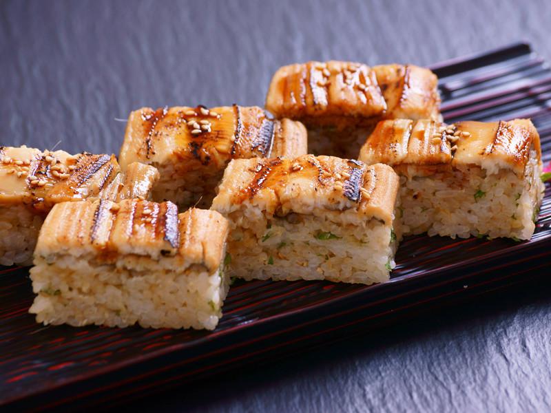 uogashi anago oshizushi