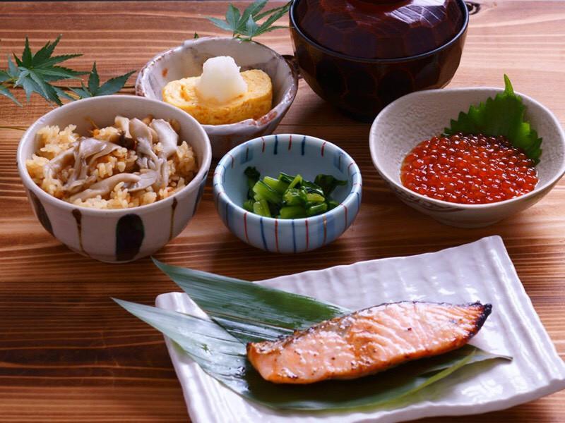 salmon ikura numazu uogashizushi