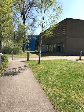 Eingang zur Turnhalle/Yukana Dojo