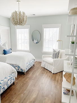 A Shared Kid's Bedroom Design for Sisters