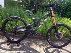 Santa Cruz V10 Customized
