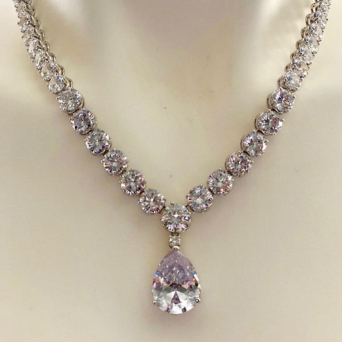 Victoria and Abdul Necklace ( EXCLUSIVE )