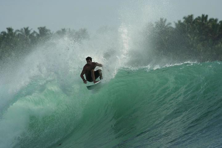 mentawai-waves-ebay-06.jpg