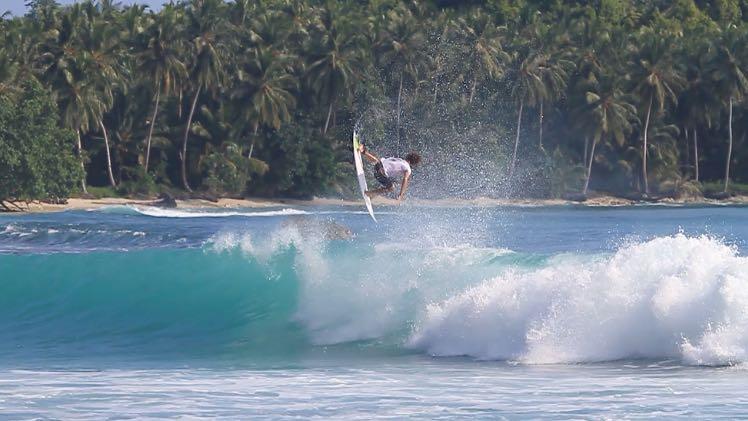 mentawai-waves-Pitstops-15