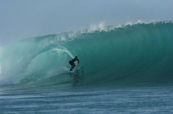 mentawai-waves-kandui-left-16