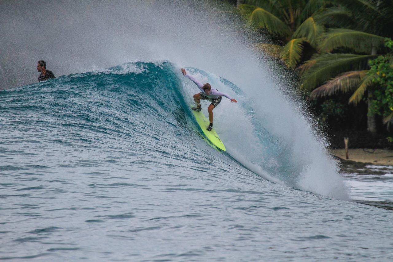 mentawai-waves-nipussi-10