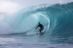 mentawai-waves-kandui-left-03