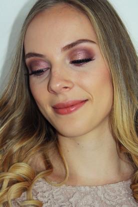 jule makeup.JPG