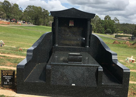 Black Granite Single Monument