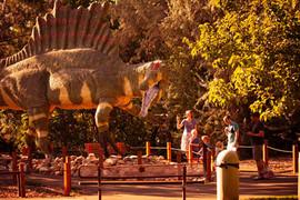 Spinosaurus family web res.jpg