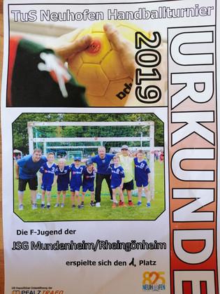 F-Jugend siegt in Neuhofen