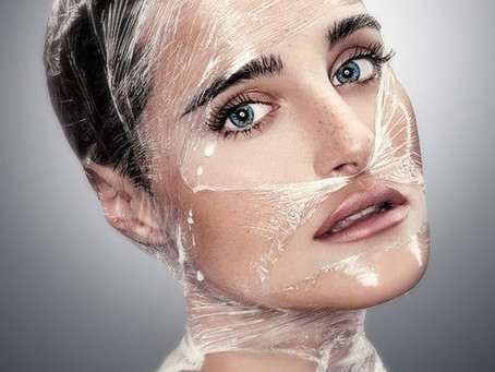 Cling Film and Other Tips for the Perfect Lips