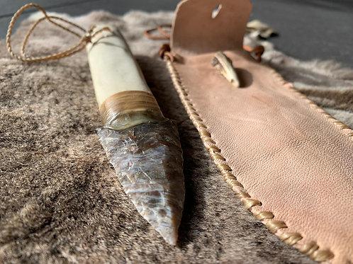 Punhal em Sílex e cabo em madeira #2