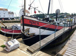 Seeing Red on the River Deben