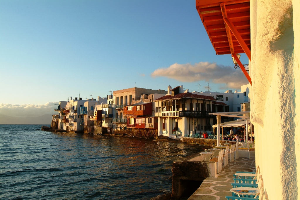 Sea Breeze Panormos Mykonos Villas