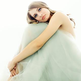 glamour_seattle_makeup_artist_katiekihar