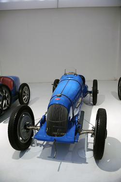 1932 - Bugatti Monoplace GP T51A - 8-1500-140-210 (1).jpg